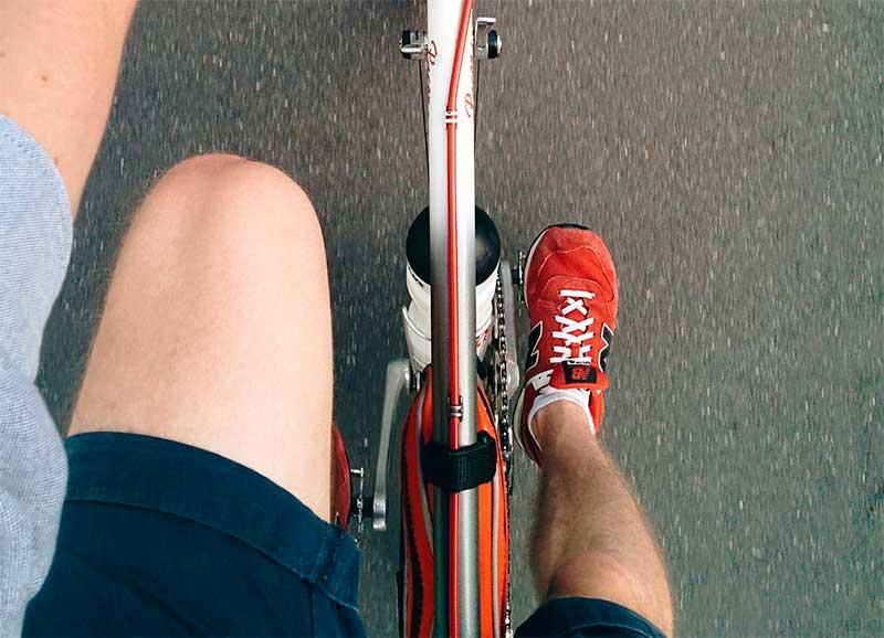 Dolor de pies en los ciclistas